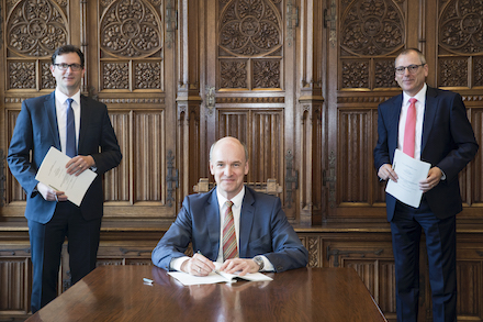 Unterzeichnung der Konzessionsverträge für die Versorgungsnetze Strom und Gas auf dem Gebiet der Stadt Braunschweig.