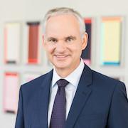 """E.ON-Vorstandschef Johannes Teyssen: """"Wir wollen jetzt unseren Beitrag für den Wiederaufbau der Wirtschaft nach der Krise leisten."""""""