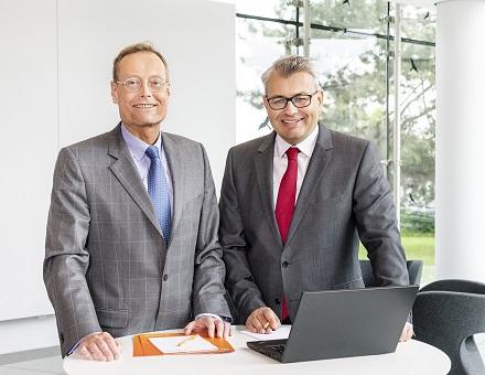 v.l.: Ambitionierte Ziele für den Klimaschutz verfolgen die STAWAG-Vorstände Christian Becker und Wilfried Ullrich.