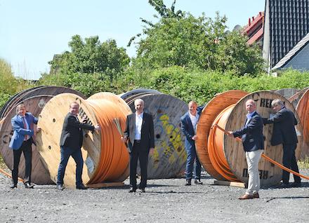 Die Bürgermeister der NRW-Kommunen ziehen für den Breitband-Ausbau an einem Strang.