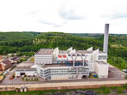Die Abfallverwertungsanlage Velsen speist künftig als KWK-Anlage Wärme in die Fernwärmeschiene Saar ein.