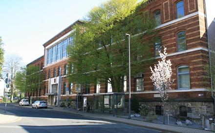 Die Verwaltung der Kreisstadt Mettmann führt im Finanzwesen selbstlernende Software-Komponenten aus dem Hause ab-data ein.
