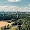 Entstand 50 Kilometer nördlich von Bayreuth: Ein Solarpark, der den Netzanschlusspunkt eines seit 2013 bestehenden Windparks nutzt.