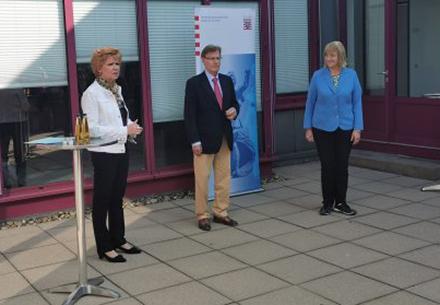 Gemeinsamer Besuch der Zentralstelle für Internetkriminalität der Generalstaatsanwaltschaft Frankfurt (ZIT).