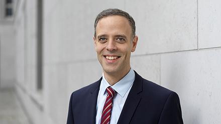 Dr. Markus Richter