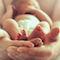 Die Geburtsurkunde für ihr Kind können Eltern beim Standesamt Bremen-Mitte jetzt online bestellen.