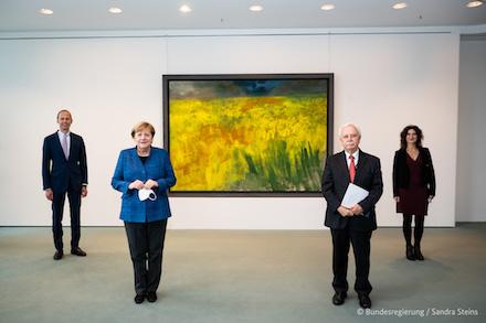 Der Nationale Normenkontrollrat übergibt den Jahresbericht 2020 an Bundeskanzlerin Angela Merkel.