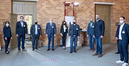 Die Protagonisten der zweiten BIM-Fachkonferenz des Kreises Viersen um Landrat Dr. Andreas Coenen (2.v.r.) und BIM-Manager Jan van der Fels (r.).