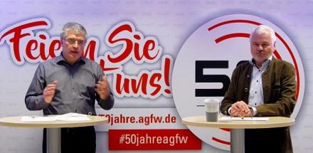 AGFW-Geschäftsführer Werner Lutsch (rechts) mit Harald Rapp, Bereichsleiter Stadtentwicklung des AGFW, beim 25. Dresdner Fernwärme-Kolloquium.