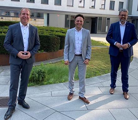 Bei einem Treffen der CIOs haben Rheinland-Pfalz, das Saarland und Hessen vereinbart, künftig als OZG-Verbund Mitte zu kooperieren.