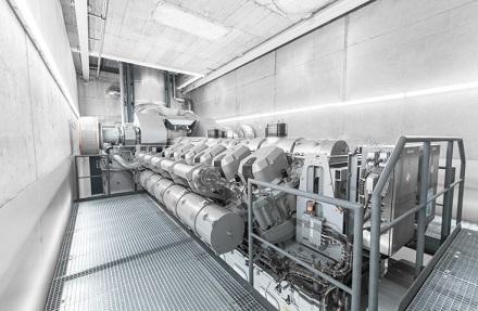 Dieser Gasmotor MAN 12V35/44G TS wurde im KWK-Kraftwerk Schwäbisch Hall montiert.