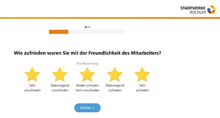 Mit dem Kundenbewertungstool der Stadtwerke Bochum können Kunden per Telefon oder von zu Hause per zugesandtem Link oder QR-Code über einzelne Bewertungspunkte abstimmen.