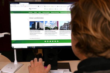 Mit Beginn des Jahres 2021 digitalisiert die Stadt Augsburg weitere Verwaltungsleistungen.