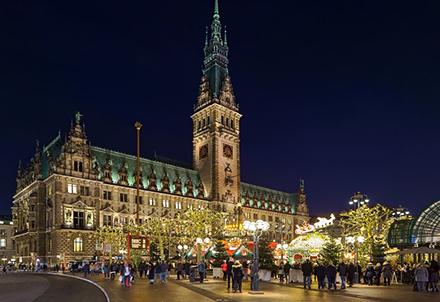 Bürger in Hamburg können Anträge zur Wasserrechtlichen Erlaubnis ab sofort digital stellen.