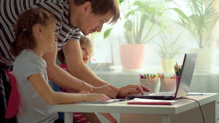 Trotz Hürden beim Homeschooling: Lehrer, Schüler und Eltern haben Lust auf mehr Digitalisierung im Unterricht.