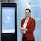 Bayerns Digitalministerin Judith Gerlach präsentiert die neue BayernApp.