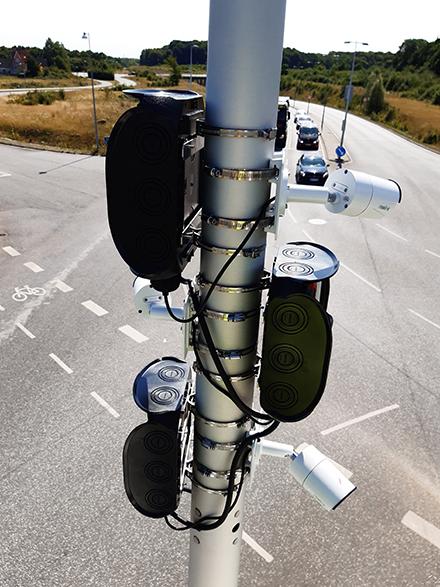 Genaue Datenanalyse in Echtzeit und den Verkehrsfluss für die Smart City untersuchen – das ermöglicht die im Starter-Kit von Swarm Analytics enthaltene Technik.