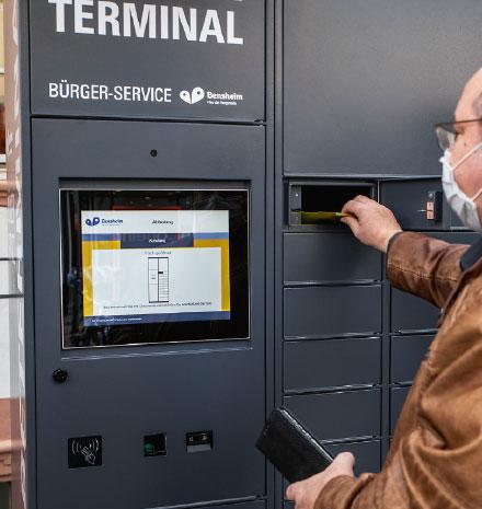 Bensheim: Ausweisdokumente am Terminal abholen.