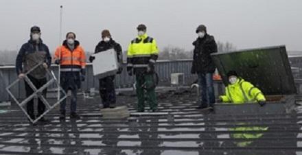 Die Stadtwerke Garbsen testen die Mioty-Funktechnik in ihren Netzen. Herzstück ist eine Funkantenne auf dem Dach des Rathauses.