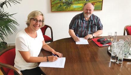 Speyer unterzeichnet Abkommen zur Verwaltungsmodernisierung.