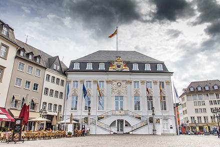 """Die Stadt Bonn nimmt am bundesweiten """"Wattbewerb"""" teil. Ziel ist, den Photovoltaikausbau voranzubringen."""