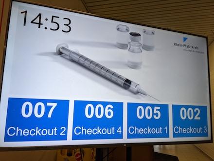 Software unterstützt die Nachbetreuung und Abmeldung der Besucher des Impfzentrums Rhein-Pfalz-Kreis.