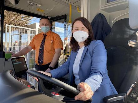 Kreis Nordhausen: Verkehrsbetriebe nehmen sechsten Elektrobus in den Linienbetrieb.