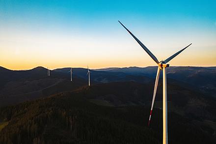 Im Umkreis des Windparks Hohenlohe im Schwarzwald können Badenova-Kunden nun regionalen Strom beziehen.