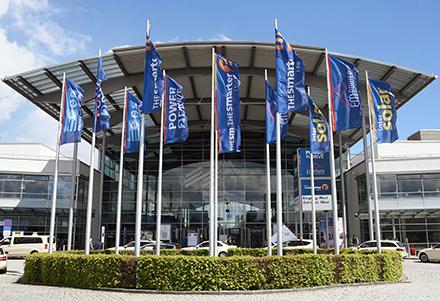 The smarter E Europe findet mit ihren vier Einzelmessen vom 6. bis 8. Oktober als The smarter E Europe Restart 2021 auf der Messe München statt.