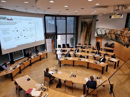 Die Gründungsversammlung der diginauten im Rathaus von Garbsen.