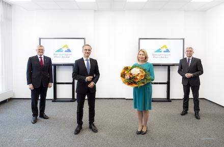 Staffelübergabe an der Spitze der Metropolregion Rhein-Neckar: Peter Johann übernimmt die Geschäftsführung von Christine Brockmann.