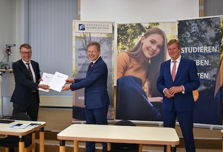 Austausch der Kooperationsunterlagen für den neuen Bachelor-Studiengang Verwaltungsinformatik / E-Government an der Hochschule Schmalkalden.