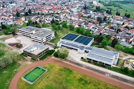 ENGIE Deutschland realisiert am Schul- und Sportzentrum Oberhausen-Reinhausen ein erweitertes Energiespar-Contracting.