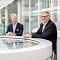 Sven Becker, Sprecher der Geschäftsführung, und Oliver Runte (rechts), Geschäftsführer von Trianel legen das beste Vorsteuerergebnis der Stadtwerkekooperation vor.