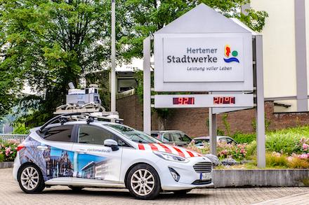 In Herten nehmen speziell ausgestattete Kleinwagen georeferenzierte Bilder vom Straßenbereich auf.