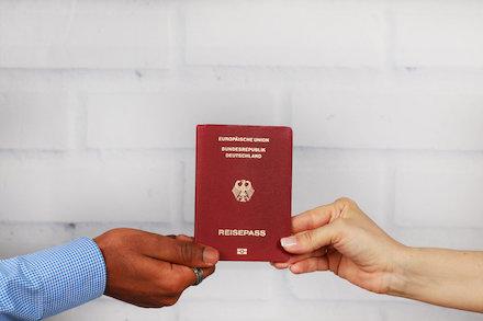Der digitale Einbürgerungsantrag soll die Verwaltungsleistung vereinfachen und beschleunigen.