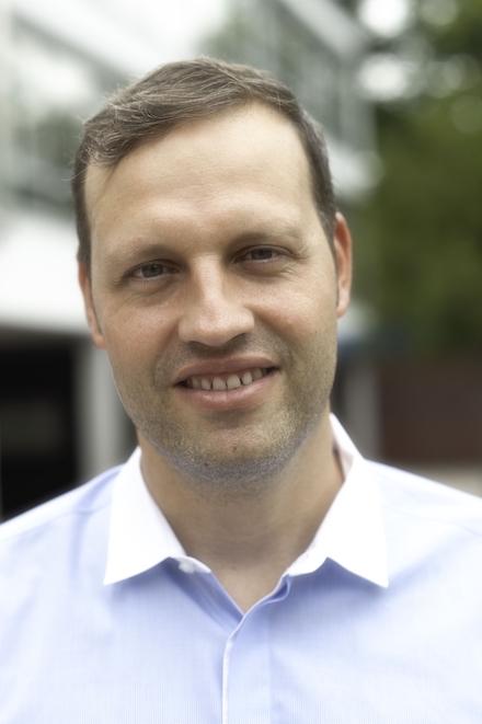 Er wird die Leitung des Steuerkreises übernehmen und die programmgestaltende Kuration des Bereichs school@LEARNTEC betreuen: Micha Pallesche.