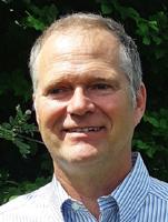 Ronald Steinhoff ist Ingenieur für Wasserkraft, Wasserbau und Gewässerökologie. Der Diplom-Physiker ist stellvertretender Vorsitzender der Arbeitsgemeinschaft der Hessischen Wasserkraftwerke (AHW).