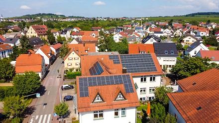 Die neuen Photovoltaikanlagen der Gemeinde Mühlhausen leisten 132 KWp.