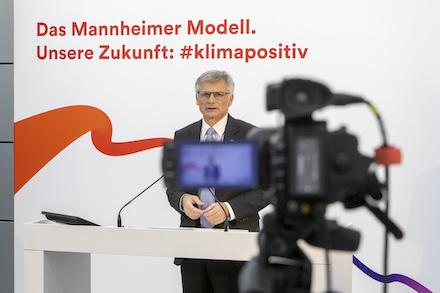 MVV Chef Georg Müller will das Unternehmen bis 2040 klimaneutral machen.